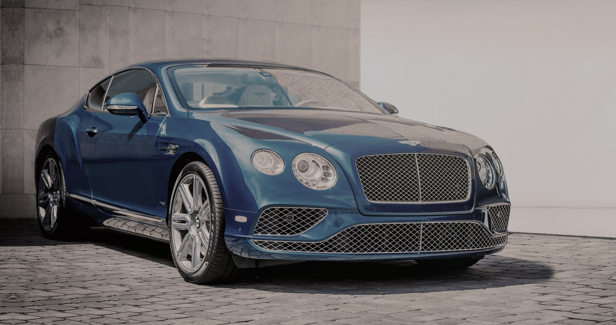 spur aaa gt car flying rental sport new continental rent hire bentley luxury